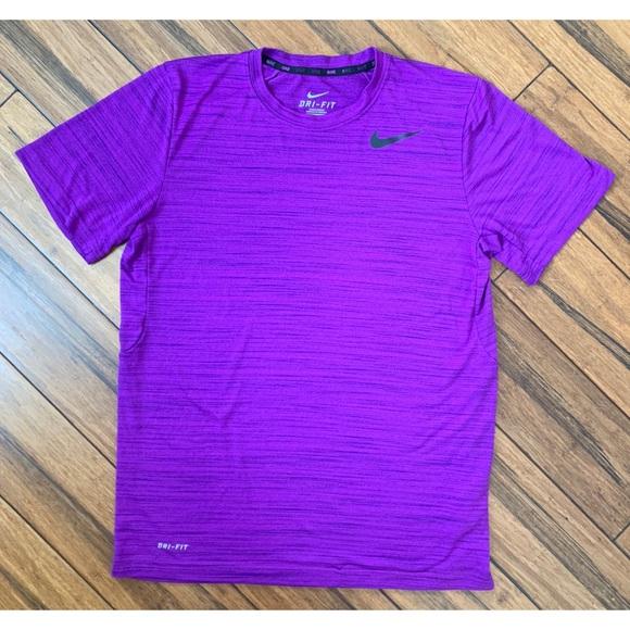 Nike Men's Dri-Fit Purple T Shirt Size Medium